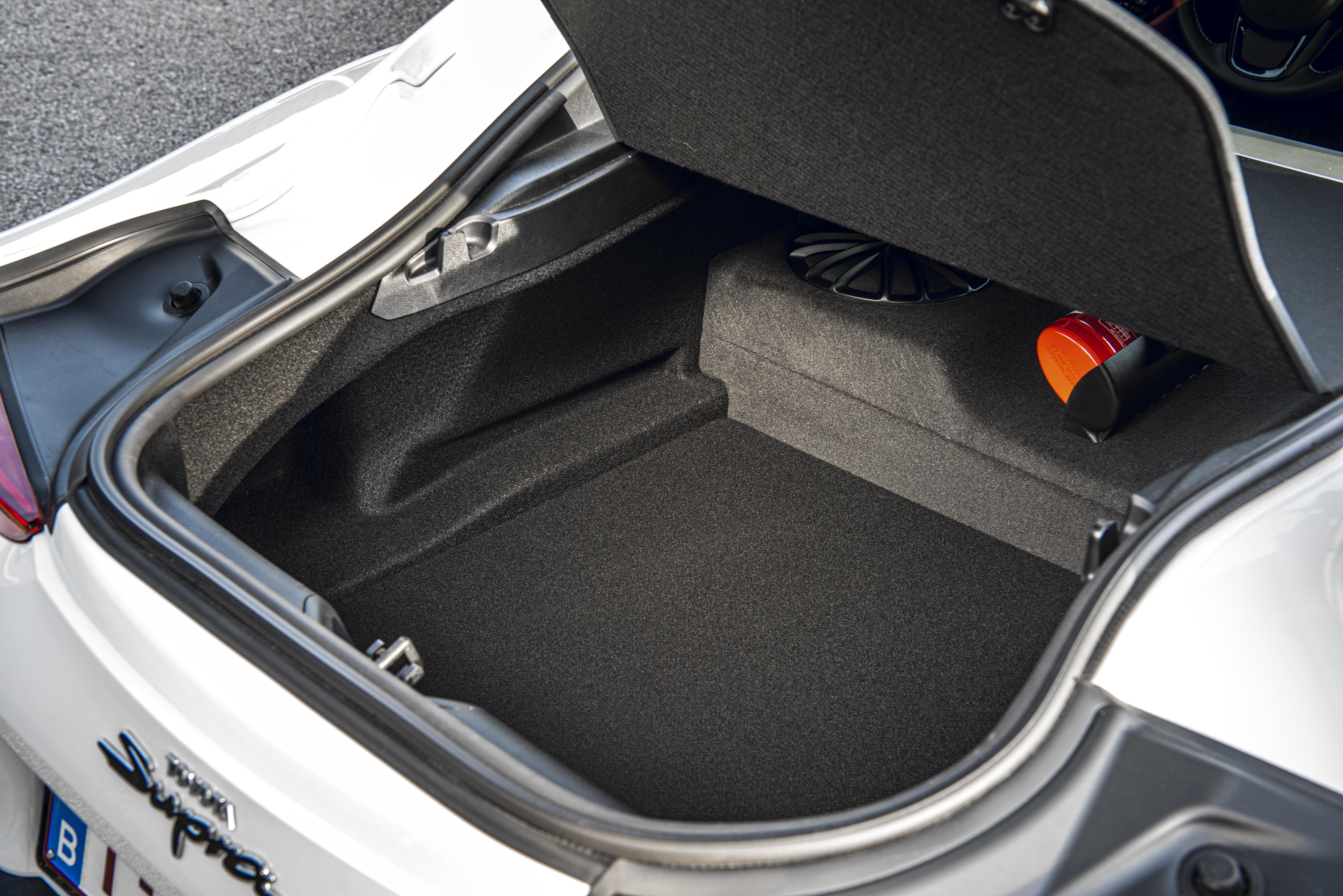 Toyota GR Supra objem kufru