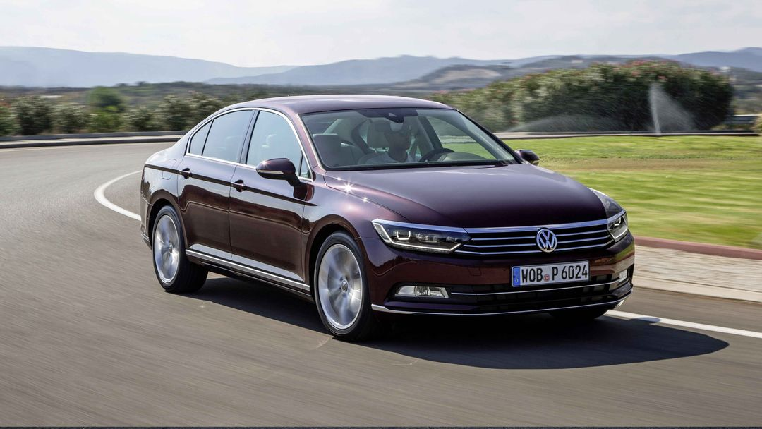 Volkswagen Passat Stredni Nemecky Sedan Recenze Specifikace